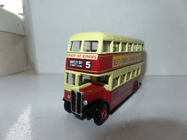 Corgi OOC 404xx AEC Regent Weymann Tynemouth Whitly Bay UB